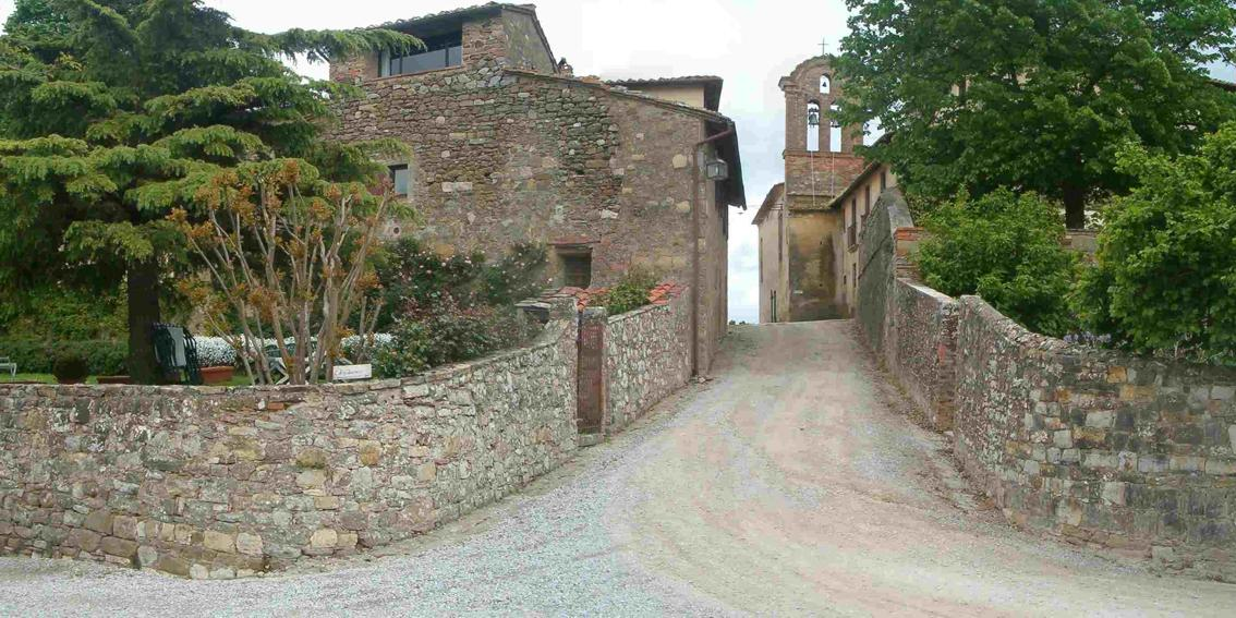 Ingresso dell' agriturismo ad Arezzo - Castello di Montozzi